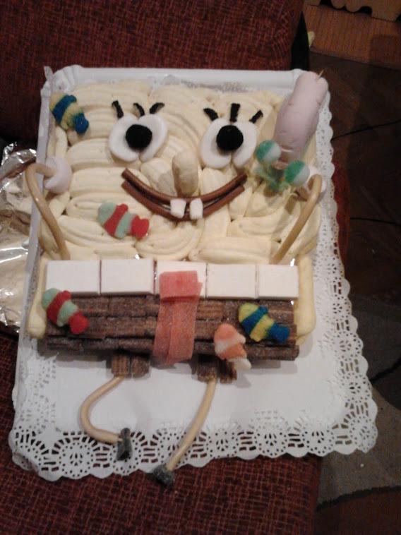 tarta de bob esponja con su amigo gary para un encargo