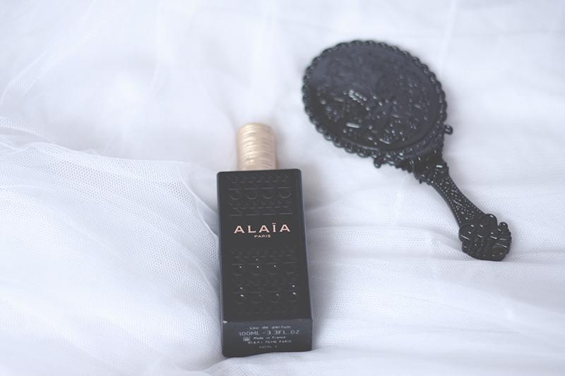 bouteille de parfum alaia