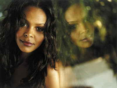 Irish Singer Samantha Mumba Wallpaper