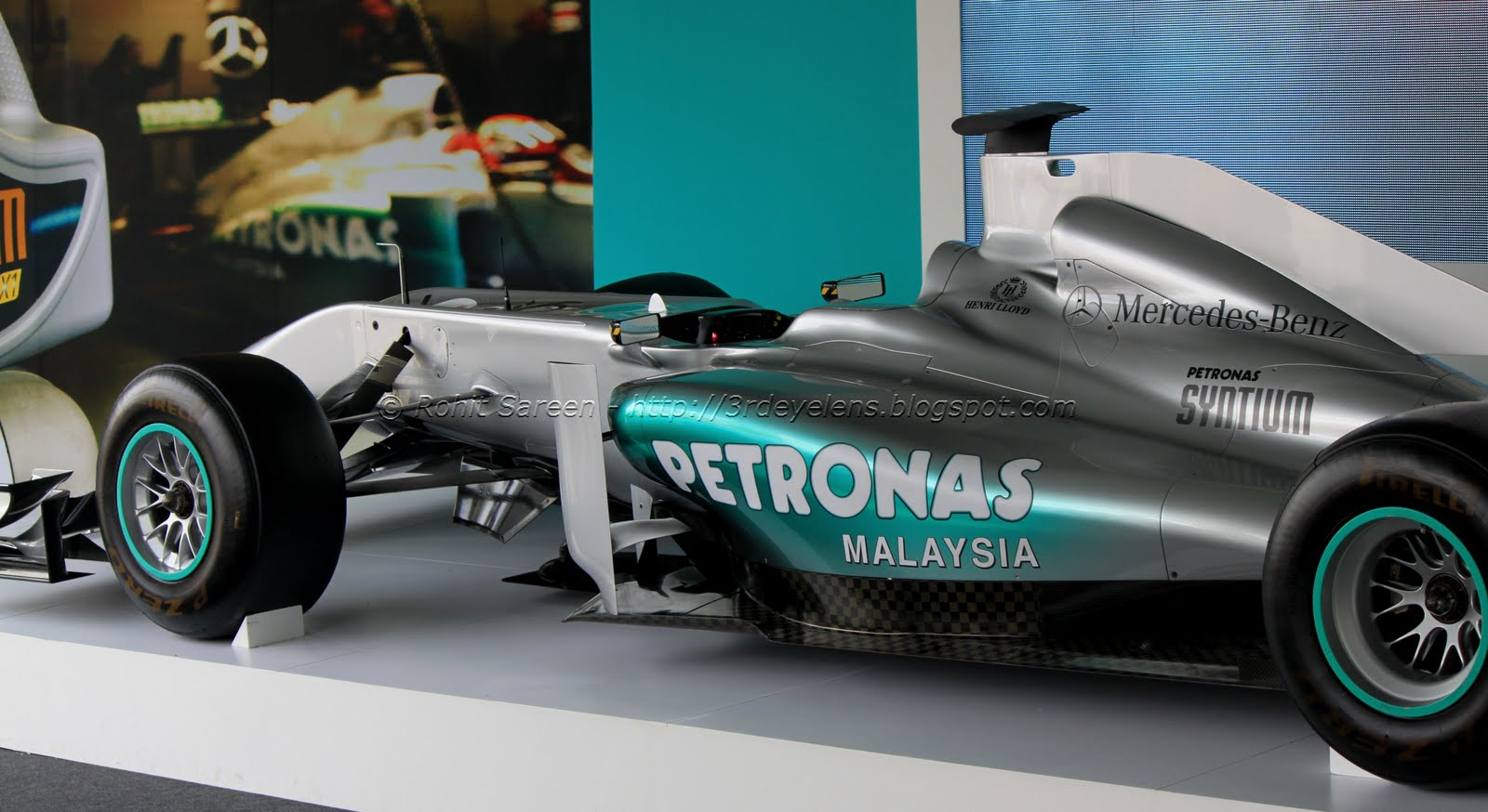 my third eye the petronas mercedes gp f1 car. Black Bedroom Furniture Sets. Home Design Ideas