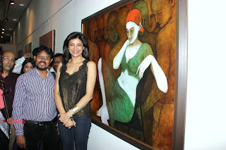 Sushmita Sen Latest Pictures at Sixth Sense Art Show Launch  0006