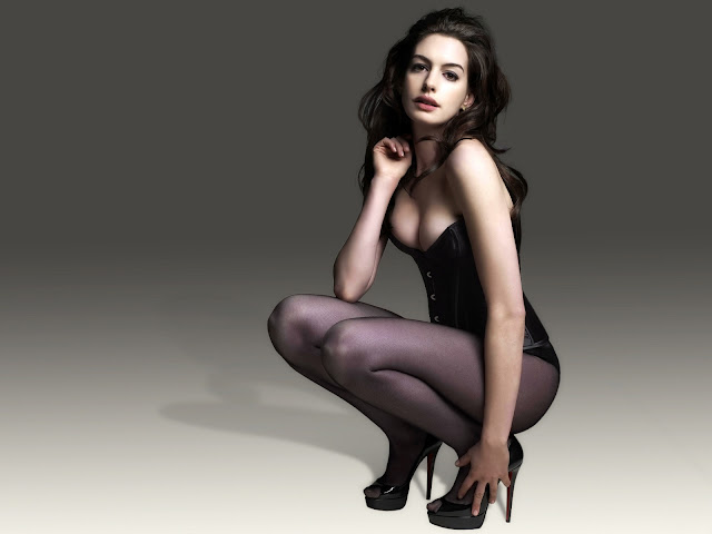 anne_hathaway_sexy_girl_wallpapers_565456464564_5523