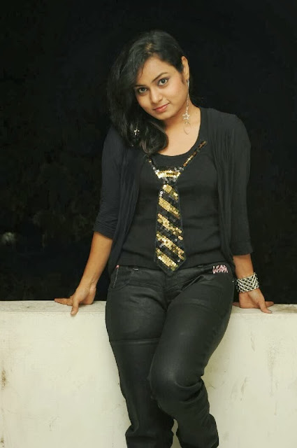 Anusha In Jeans at Pambalakadi Jamba