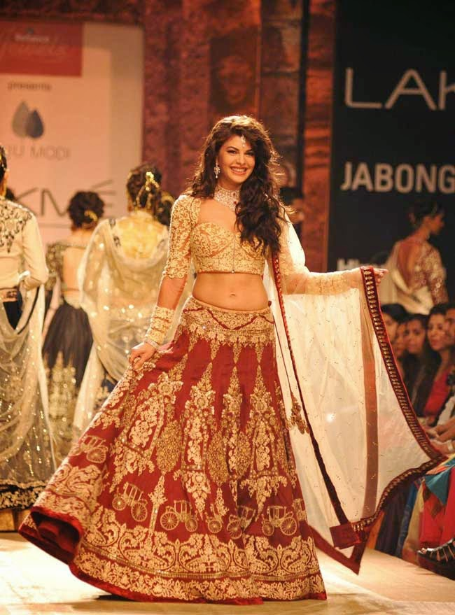 Jacqueline Fernandez At Lakme Fashion Week Winter/Festive 2014