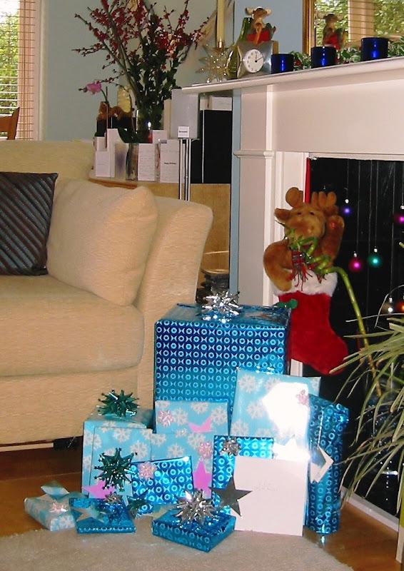 Xmas gifts 2004