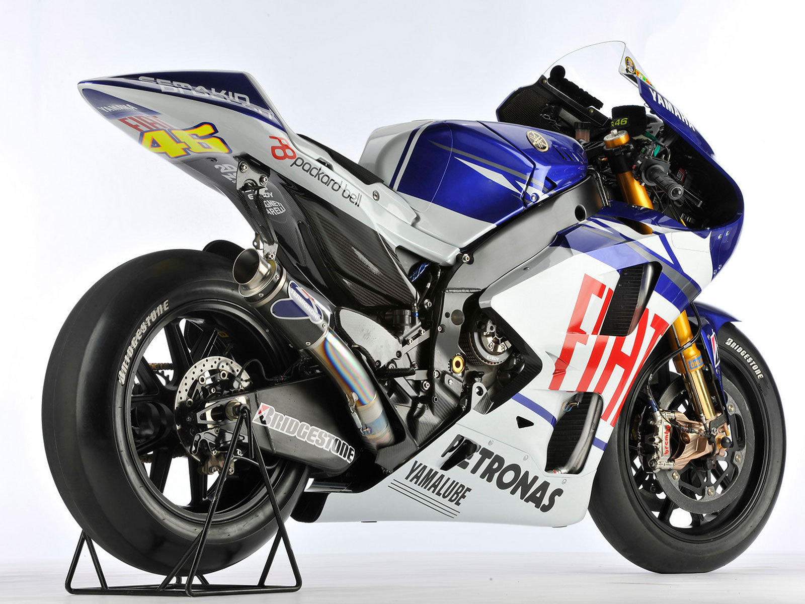 http://3.bp.blogspot.com/-KLJUNIz8qp0/Tl4rI_2U3bI/AAAAAAAAABk/uLXDG9a0nHE/s1600/bike-yzr-m1-motogp-wallpaper-.jpg