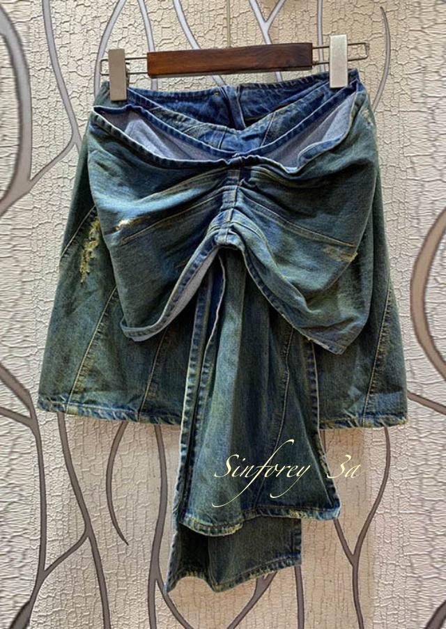 Faldas y Pantalones Abril.