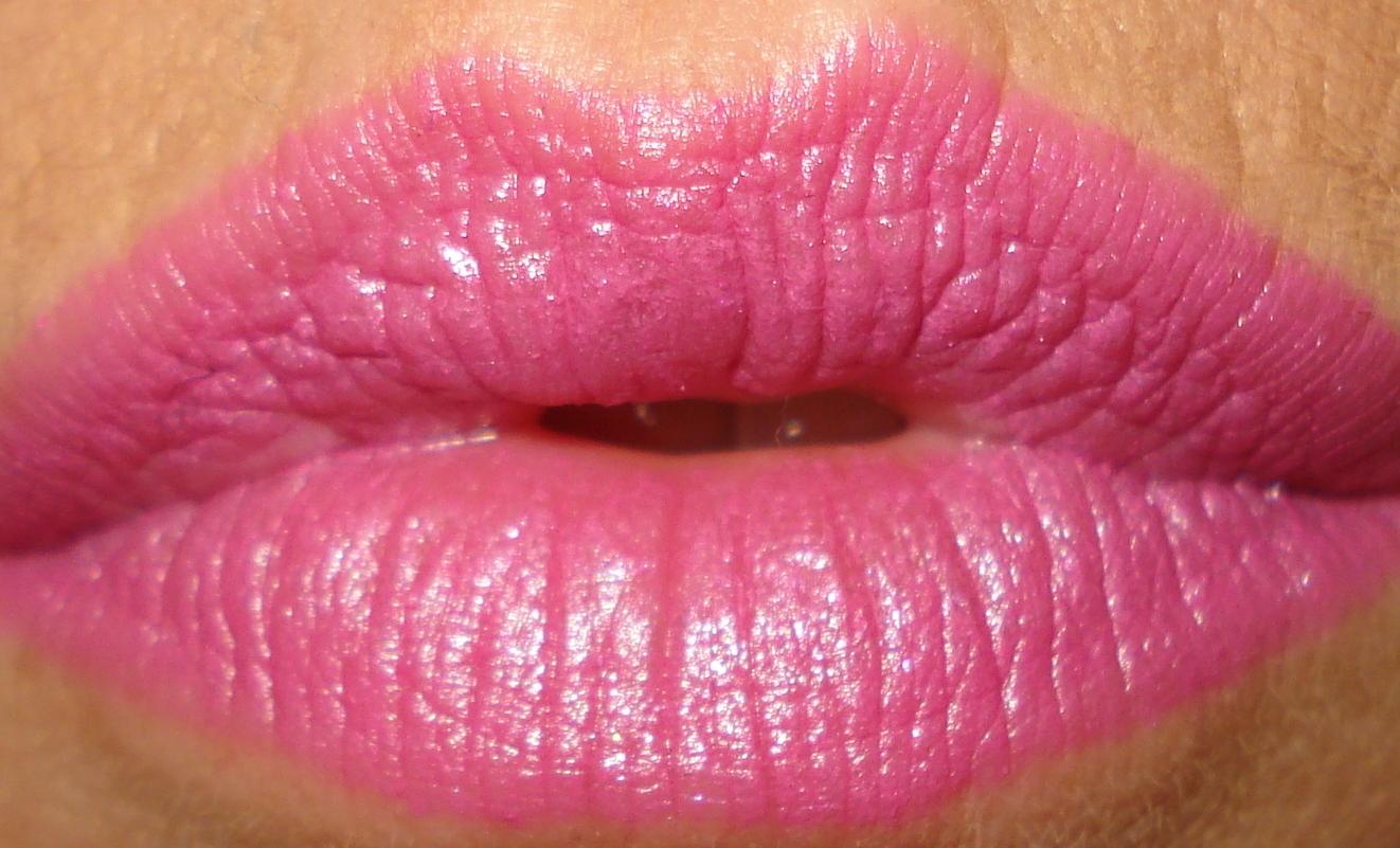 http://3.bp.blogspot.com/-KLZjiGPUy5M/TuTFtr-LIAI/AAAAAAAAAdc/y_vYgP4pvQ0/s1600/WNW+Retro+Pink-1.jpg