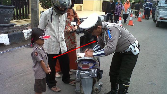 Cirebon Kota Tilang, Gara-Gara Seragamnya Sama Dapat Sertifikat Tilang