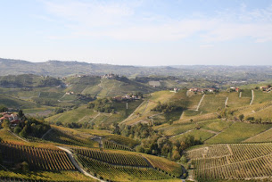 FUGA D'AUTUNNO NELLE LANGHE