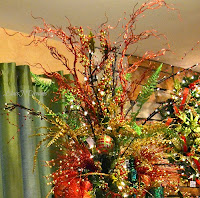 Red Green Gold Christmas Tree