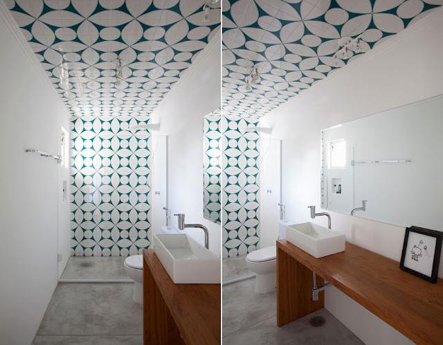 Oficina de Arquitetura Ladrilho hidráulico e Azulejos Estampados -> Banheiro Decorado Ladrilho Hidraulico