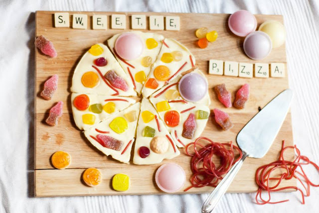 sweetie, pizza, food, blog, blogger, sweet, uk, candy, lifestyle, present, gift