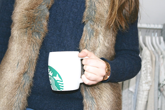 Katherine Penney Chic Blogger Weekend Life Photography Style Fashion Outfit Winter Autumn Gilet Fur Tea Startbucks