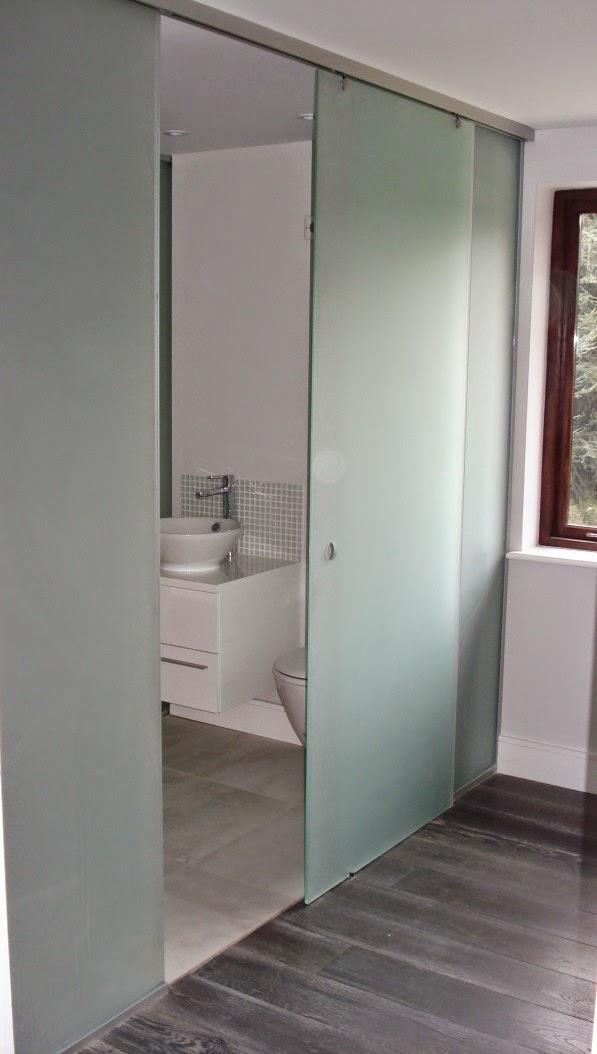 Model Pintu Kamar Mandi Minimalis