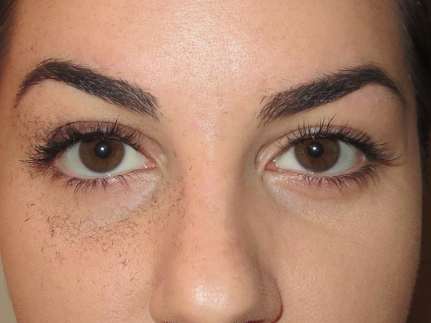 a picture of Physician's Formula Eye Booster Instant Lash Extension Kit after one coat