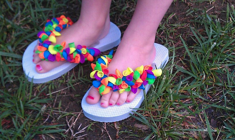 Ideas that make me happy water balloon flip flops