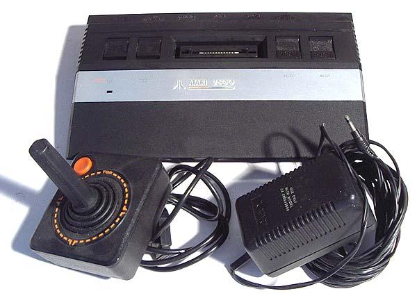 Informática viejuna Atari2600jr-ver2
