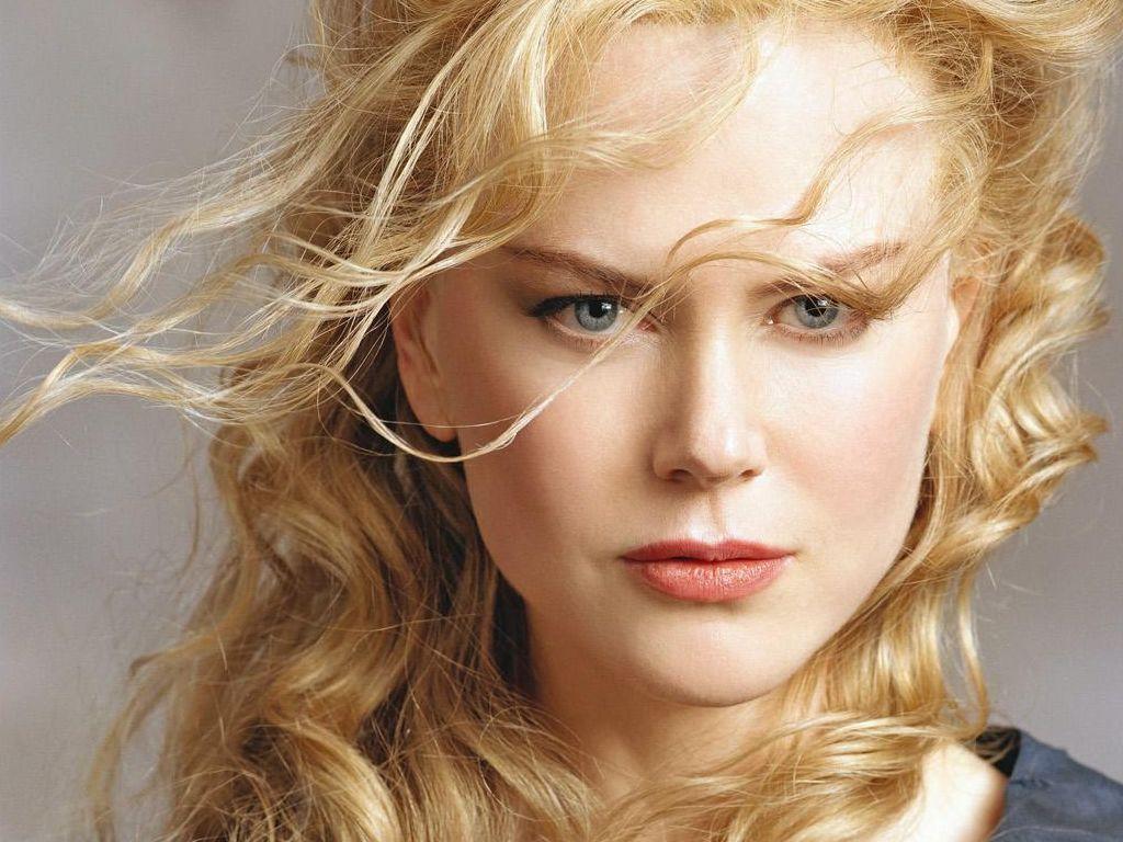 http://3.bp.blogspot.com/-KNJvJscMhq4/Tmo78KMSUwI/AAAAAAAAAGU/MBl6_SxhszE/s1600/celebrities-wallpapers-desktop-014-Nicole-Kidman.jpg