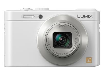 Fotografia della Panasonic LF1 con l'anello di controllo