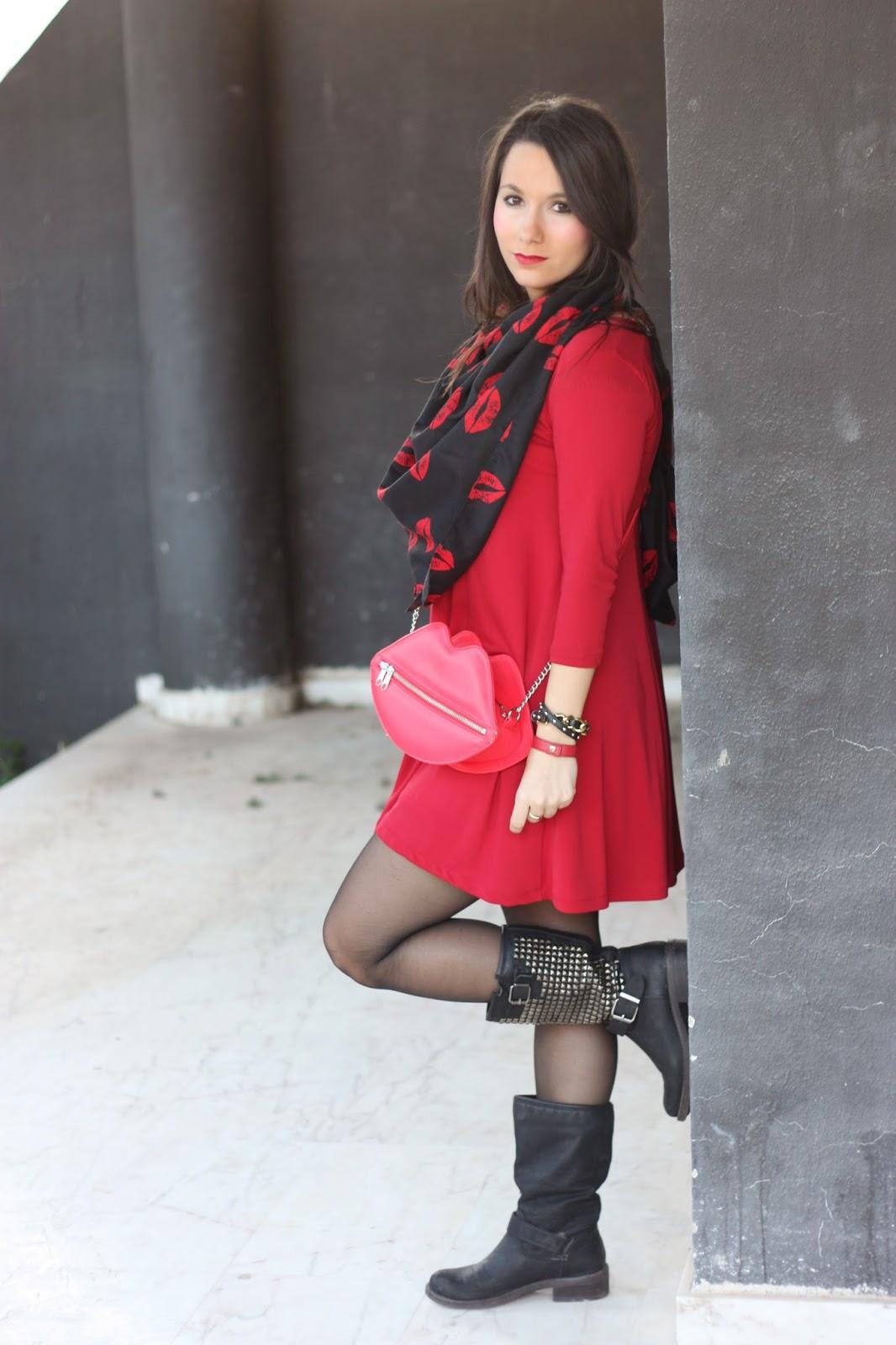 http://silviparalasamigas.blogspot.com.es/2015/04/vestido-holgado-rojo_8.html