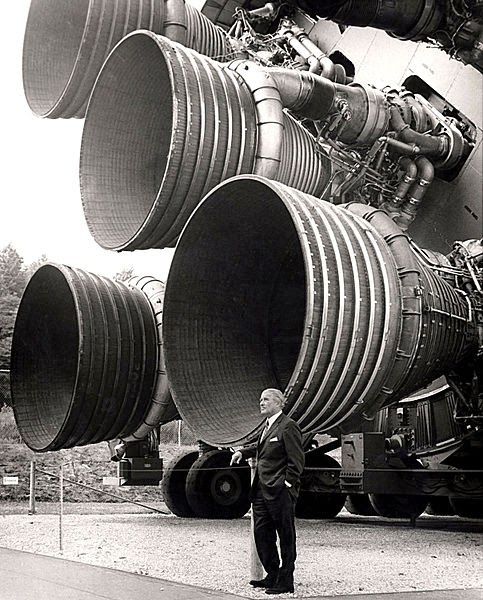 محركات الصاروخ ساتورن 5