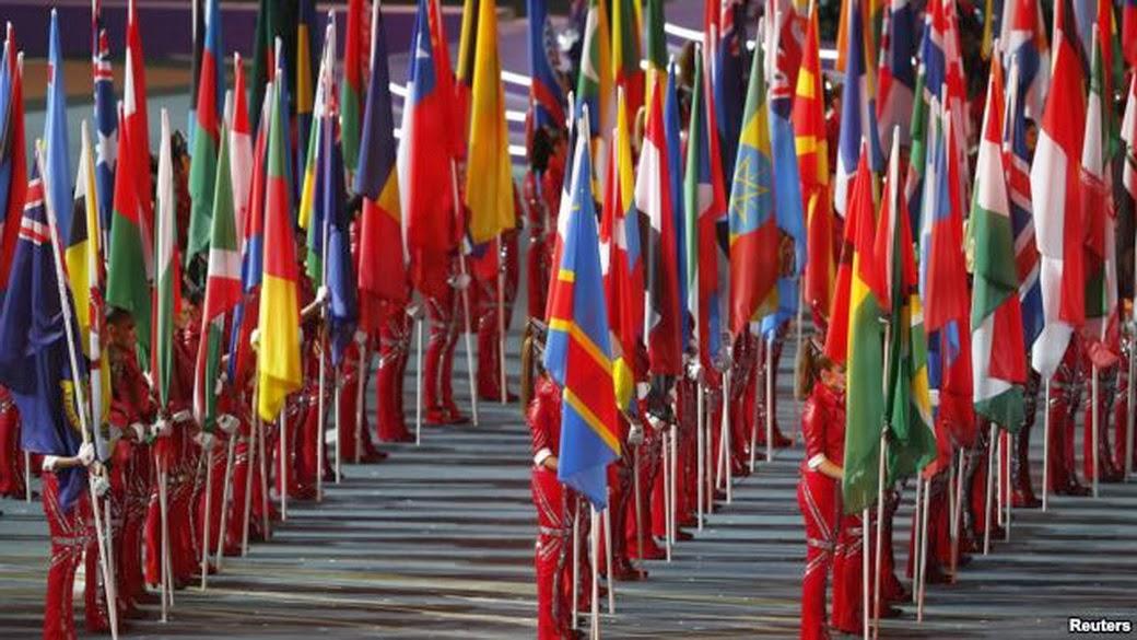 флаги стран-участниц Олимпийских игр