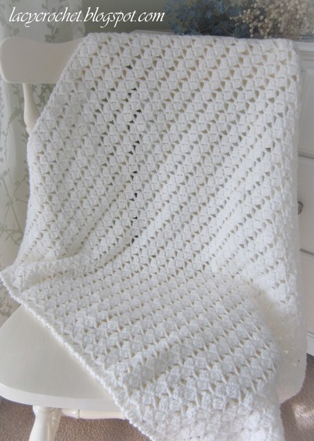 Free Crochet Pattern Lacy Baby Blanket : Pretty Lacy Stitch for a Baby Blanket
