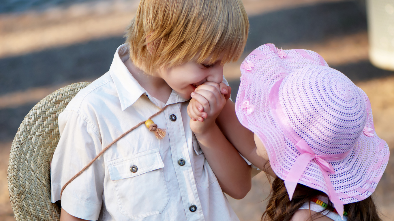 Cute Little Baby Boy And Girl In Love HD Wallpaper   Cute Little