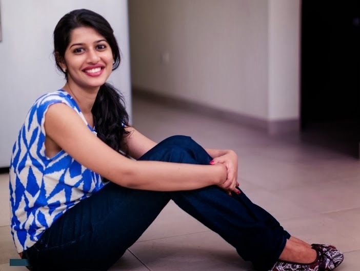 SWEET SMILE OF CUTE DESHI GIRL