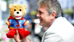 Ini Dia Teddy Bear yang Dapat Berbicara