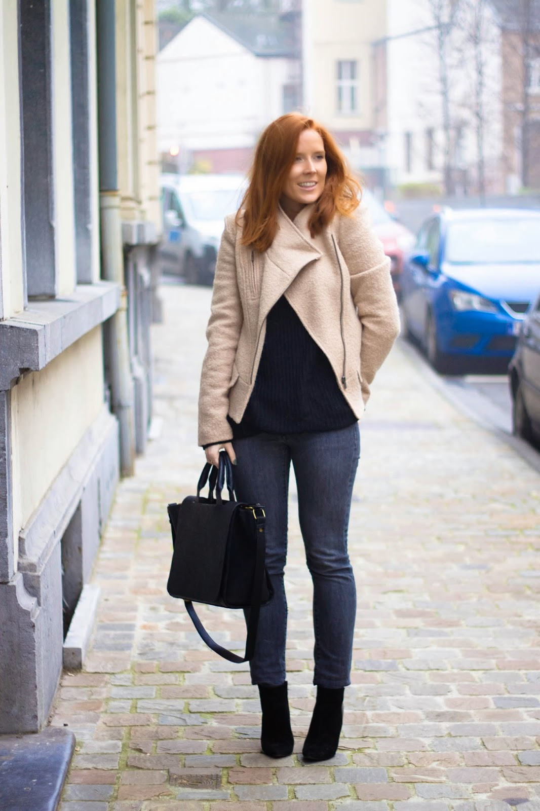 Women's black clothing inspiration for