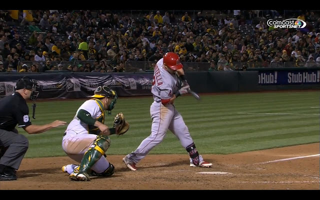 Giavotella出棒了嗎?(Photo Credit: Comcast SportsNet California / MLB.TV)