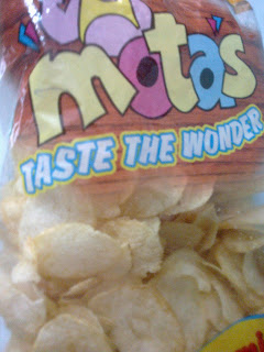Mota's Club Class Yummy Cheese Wafers Review | The Good Review