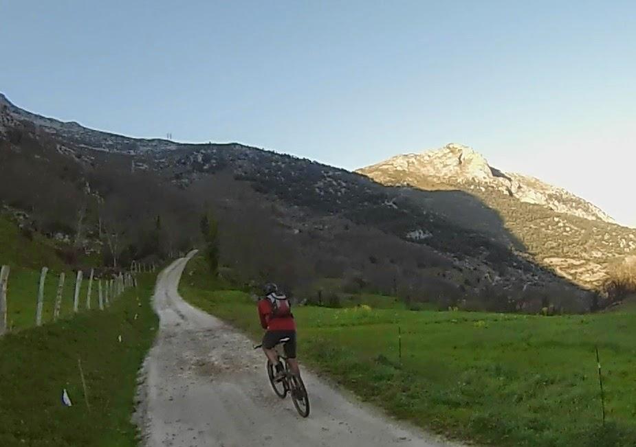 Pico Vigueras en bici
