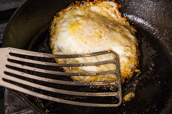 happy hf (fase 1): «How to Make the Perfect Fried Egg»