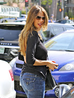 Sofia Vergara - wearing jeans black top and sunglasses