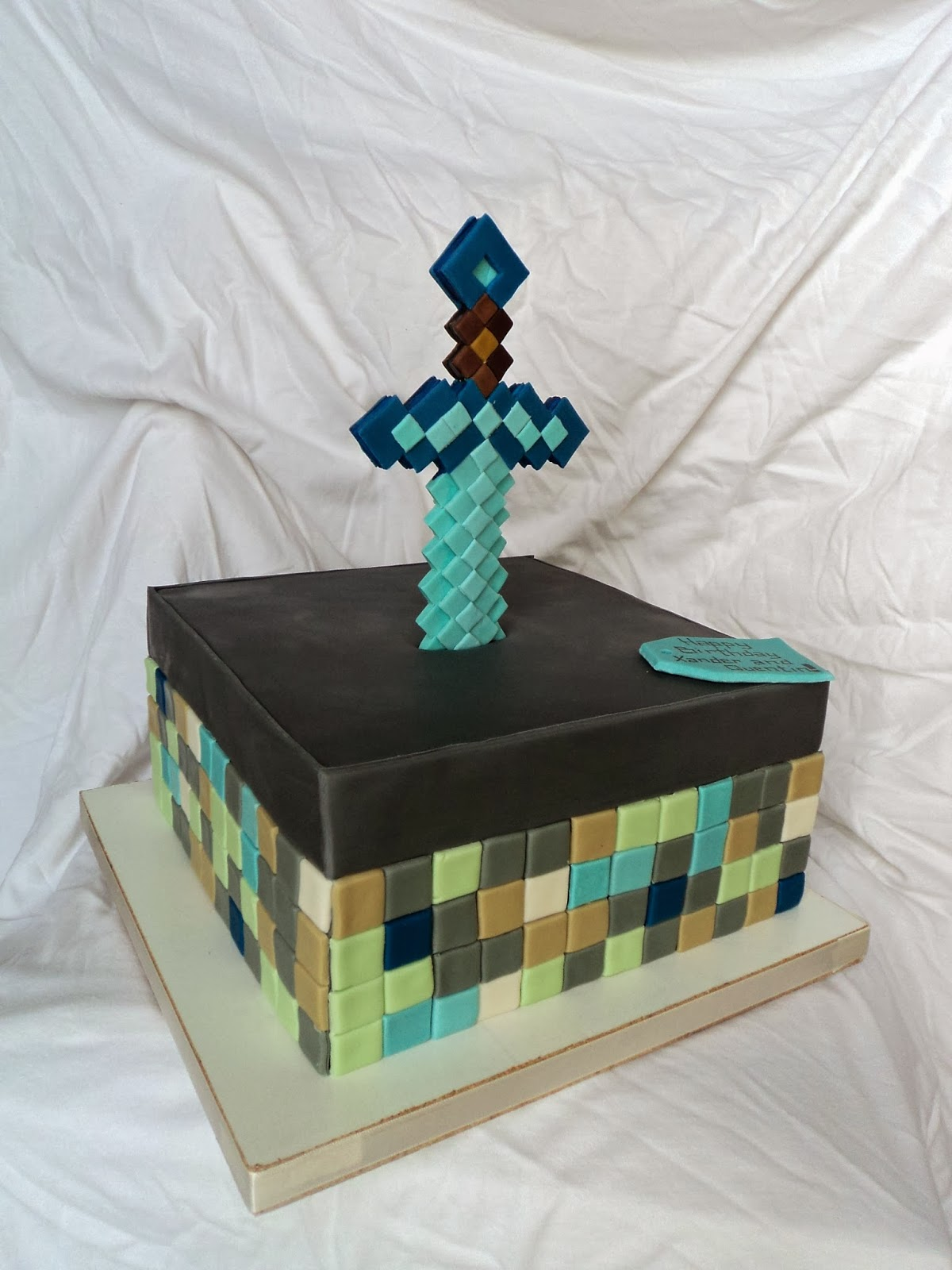 Minecraft Sword Cake Images : Delectable Cakes: Minecraft Sword Cake