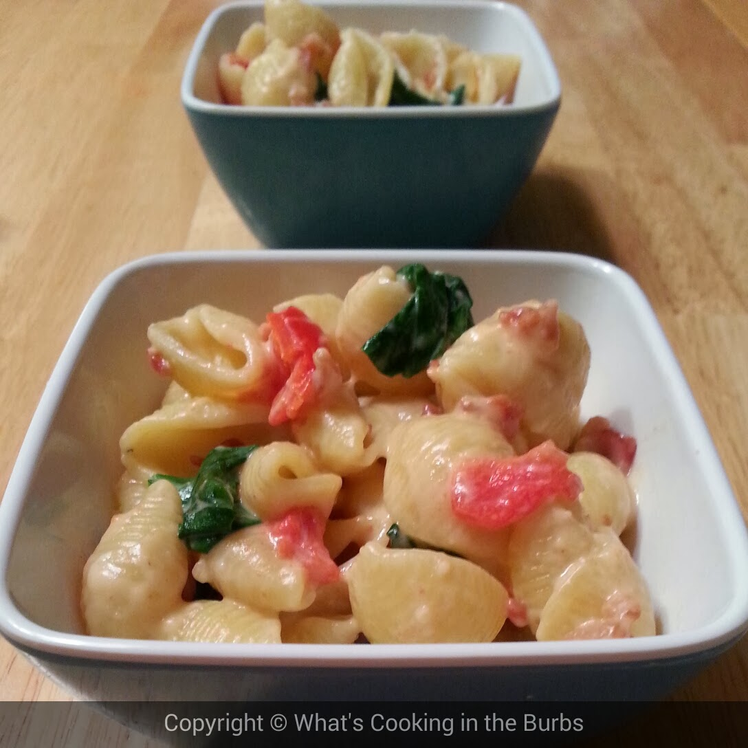 What's Cooking in the Burbs: Spinach Bacon Shells and Cheese