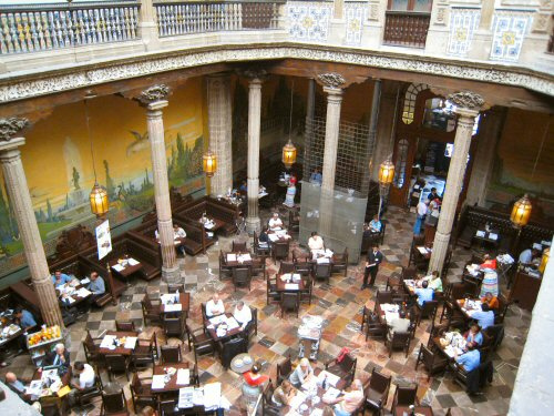 Official spanish abroad blog august 2011 for Azulejos restaurante