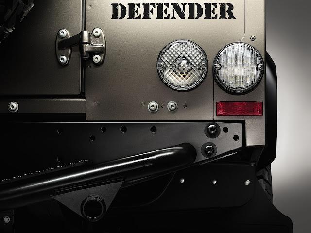 задние фонари Land Rover Defender 2012