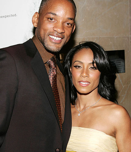 will smith and jada pinkett smith kissing. pictures Will and Jada