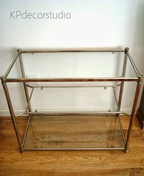 Mesas auxiliares y aparadores modernos de diseño en valencia. Venta online de muebles restaurados de los años 70