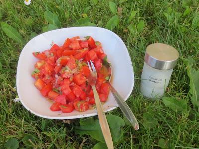Tomaten-Passionsfrucht-Salat