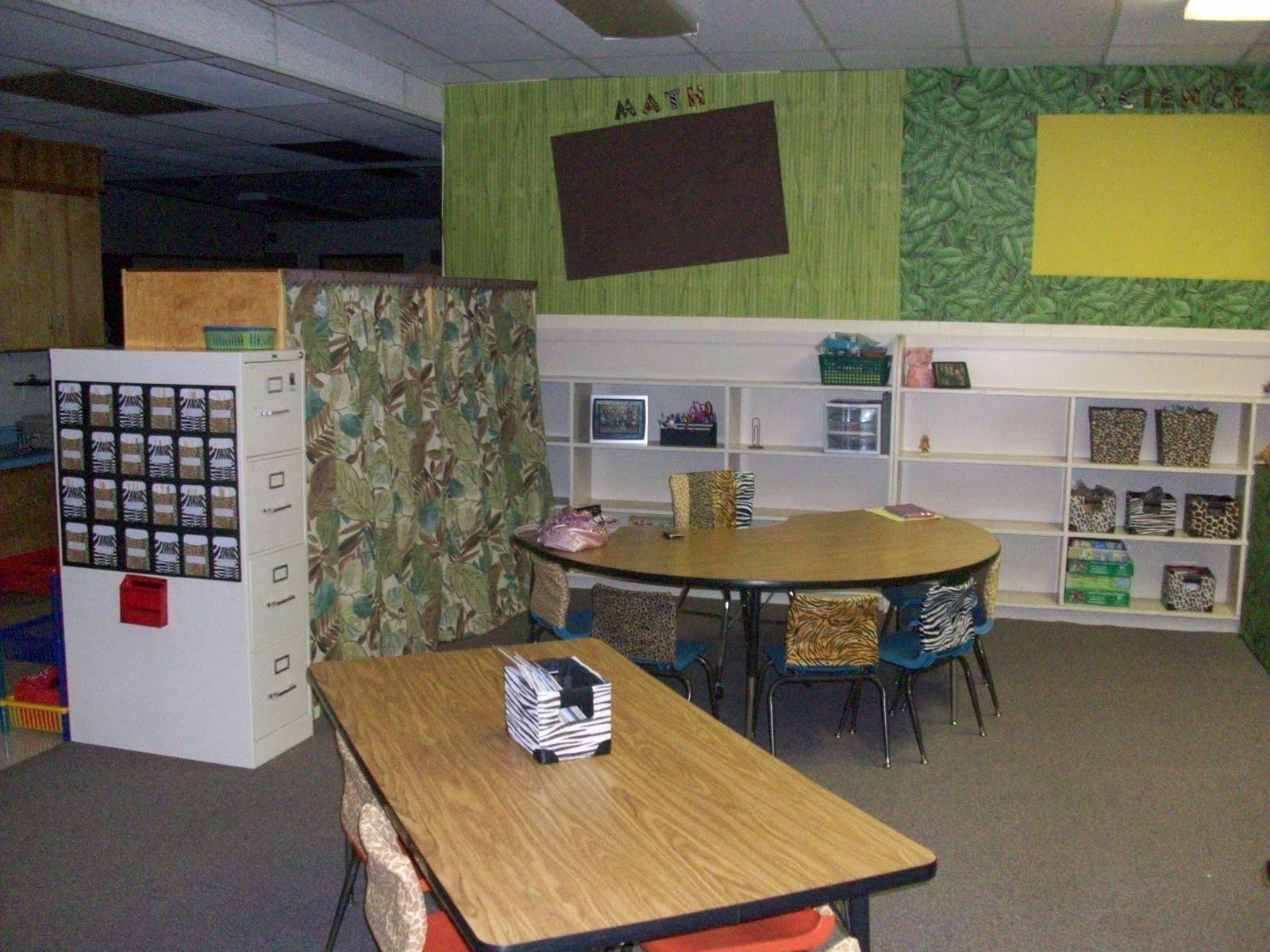 Zebra Classroom Ideas ~ It s a jungle out there kindergarten theme