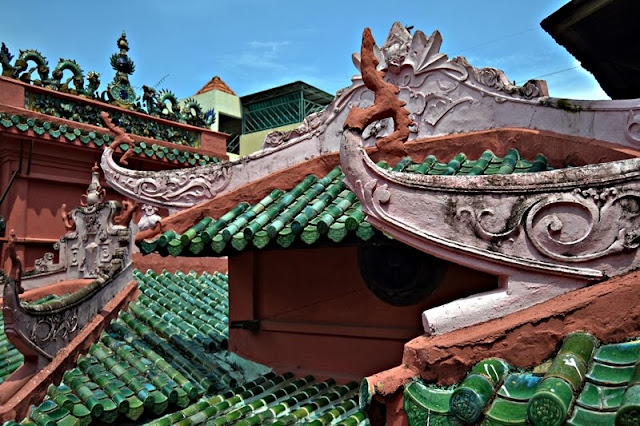 Tejados de la pagoda del emperador de Jade