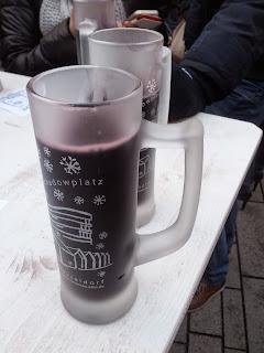 glühwein schadowplatz dusseldorf mrsstilletto