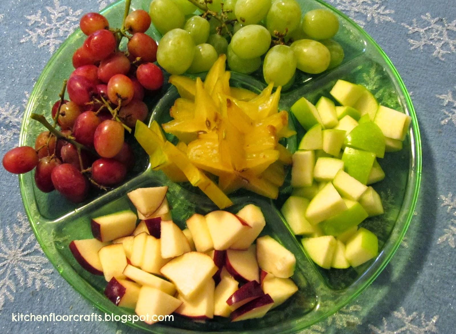 Kitchen Floor Crafts: Christmas Fruit Wands