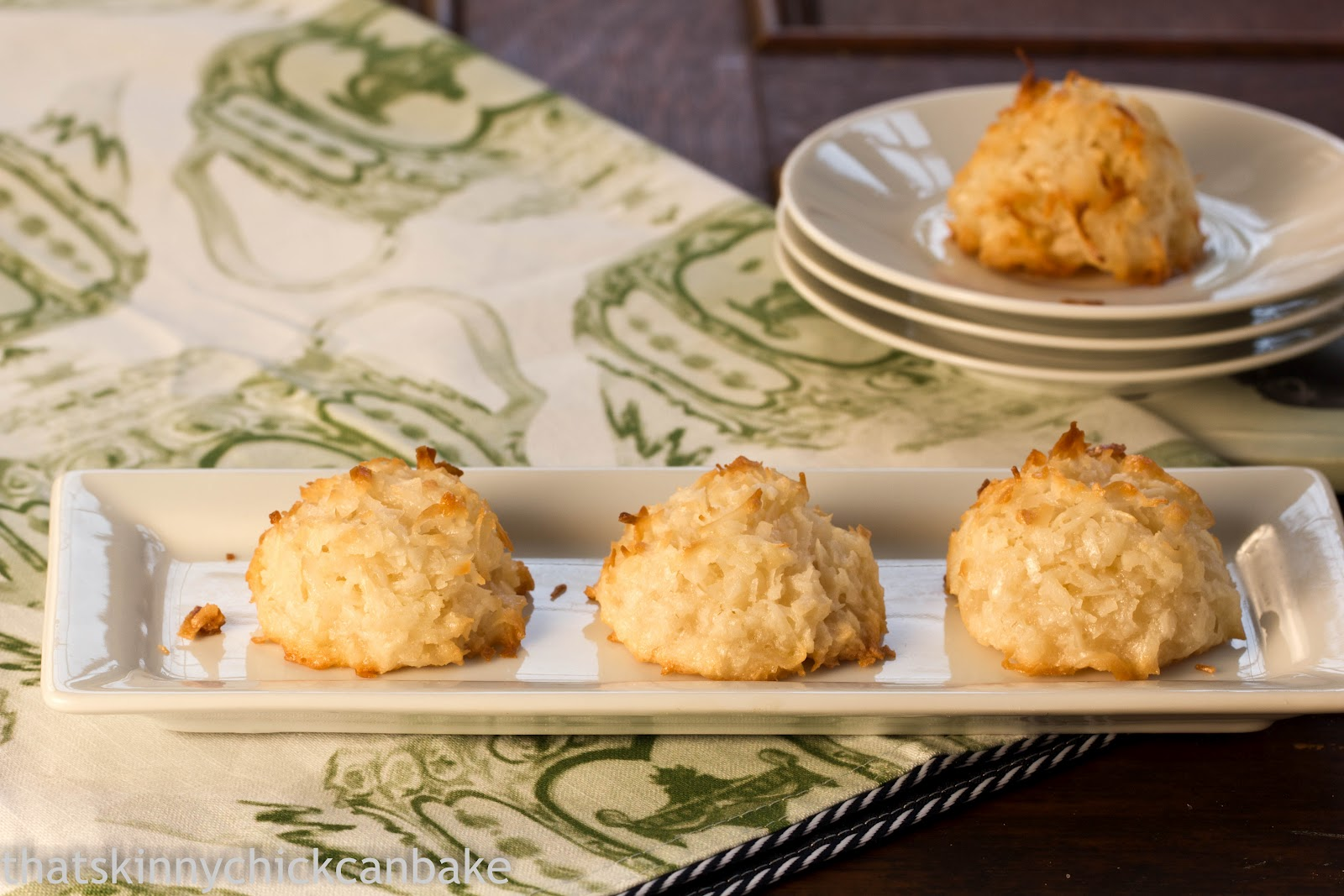 Classic Macaroons - That Skinny Chick Can Bake