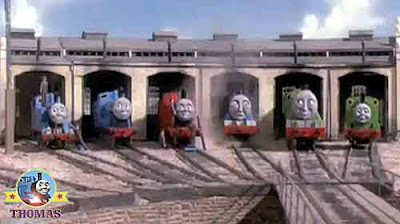 Tidmouth roundhouse sheds big express Gordon tank engine Thomas the train and his 7 friends chatting
